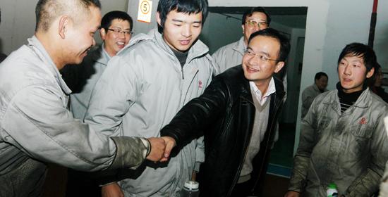 新浪汽车专访东风汽车股份有限公司总经理卢锋