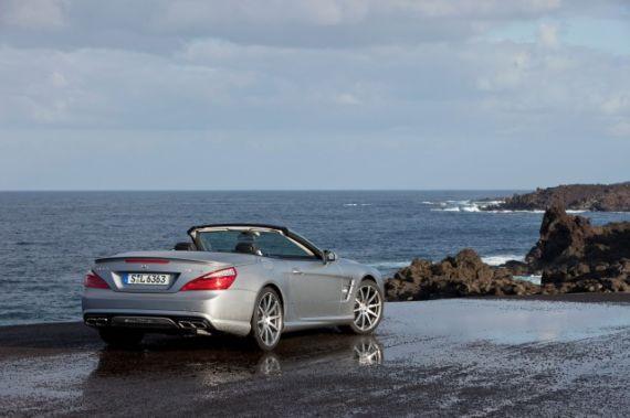 新款奔驰SL63 AMG发布 将亮相日内瓦车展