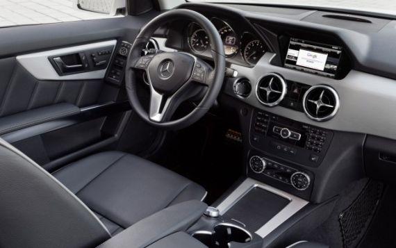 2013款奔驰GLK发布 4月首发亮相