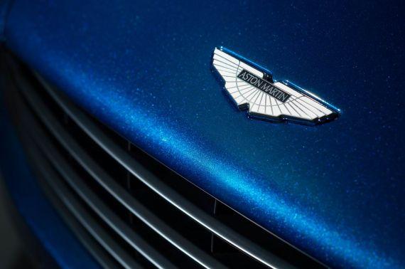 Aston Martin Vanquish Volante 17
