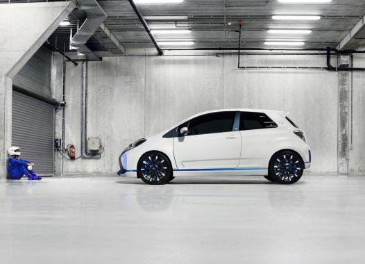 Toyota Yaris Hybrid-R Concept 11