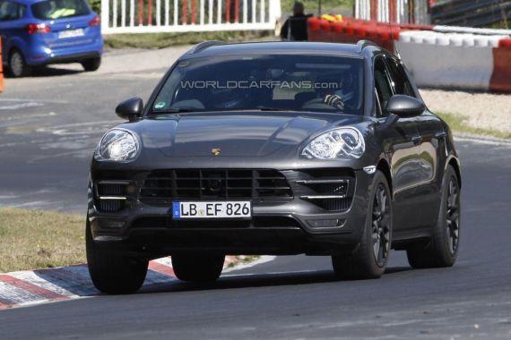 Porsche Macan Spy 03