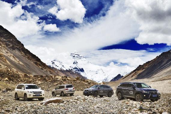 雷克萨斯SUV助力《穿越喜马拉雅》拍摄