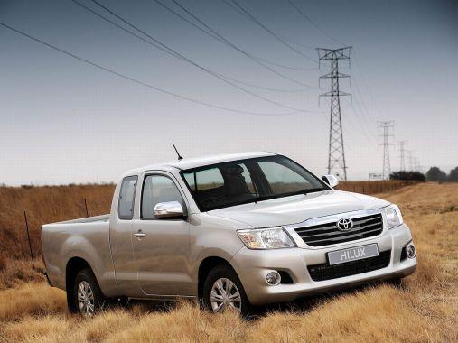 第一名 Toyota Hilux