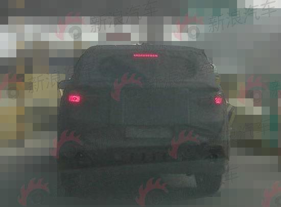 与概念车有差距 现代ix25量产车谍照曝光