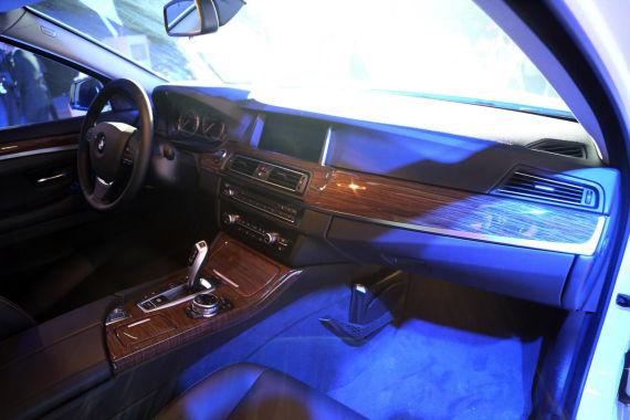 国产宝马5系xDrive版车型内饰