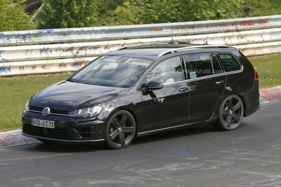 Volkswagen Golf R Estate Spy 03