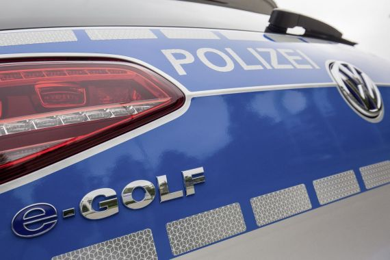 Volkswagen e-Golf Police Car 05