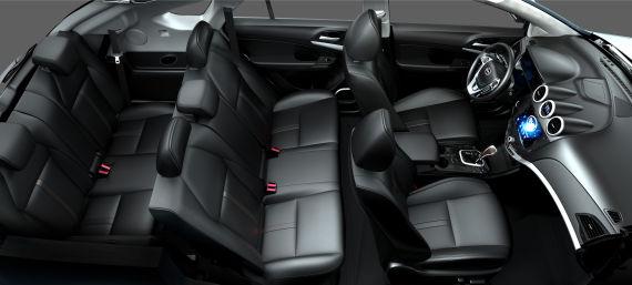 比亚迪S7预计10月上市 将推7座车型