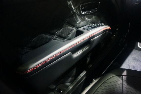 品牌新旗舰 宾利慕尚极致版广州车展首发