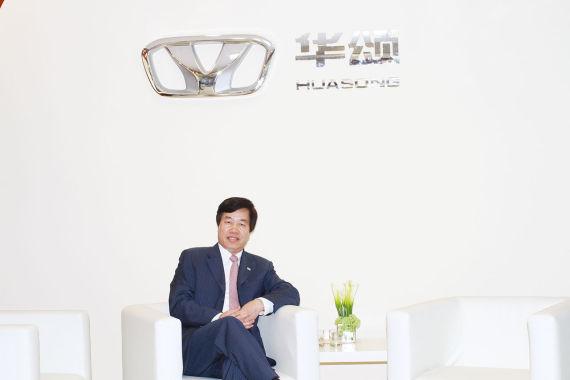 华晨汽车集团控股有限公司董事长、总裁祁玉民接受新浪汽车专访