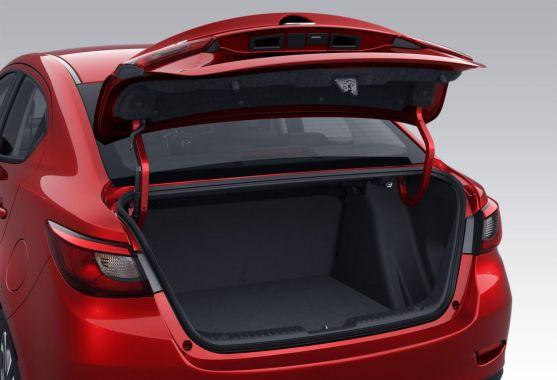 Mazda 2 Sedan 08
