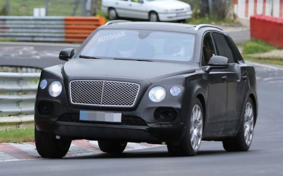 Bentley SUV spy