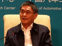 张相木:新能源汽车发展取决于动力电池