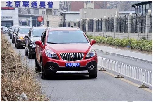从北京城区到南山滑雪场,让车友充分体验了昂科威的道路表现