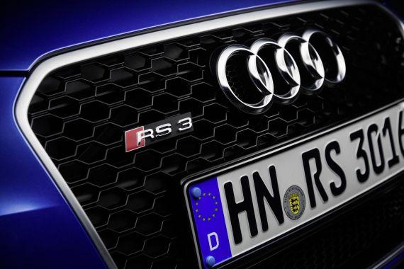 Audi RS3 Sportback in Sepang Blue _16