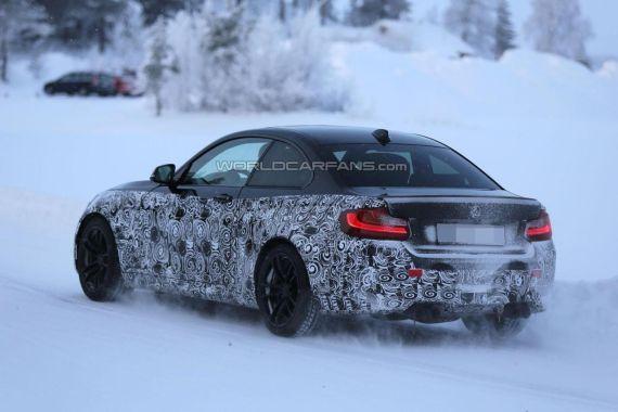 BMW M2 Coupe spy 05