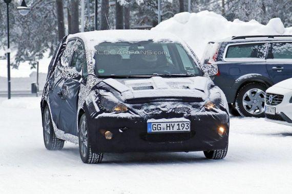 Hyundai iX20 facelift spy 02