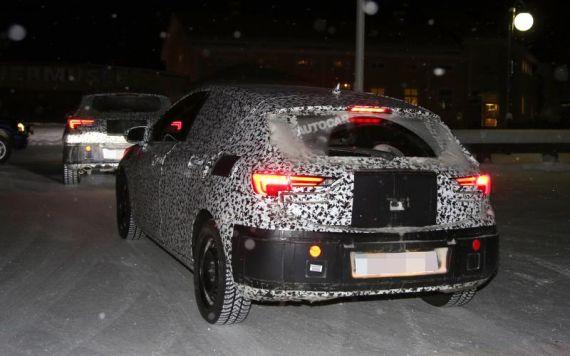 Opel Astra Spy 04