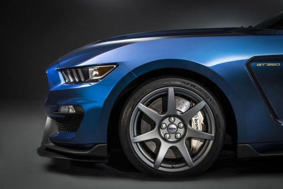Shelby GT350R Mustang _07
