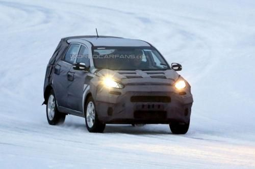 Kia entry-level crossover spy photo -02