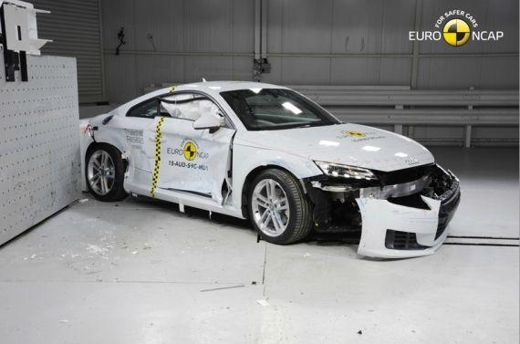 Audi TT EuroNCAP 07