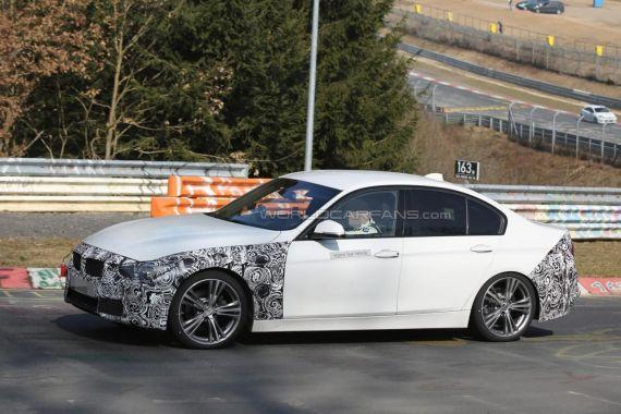 BMW 3-series facelift plug-in hybrid spy 07
