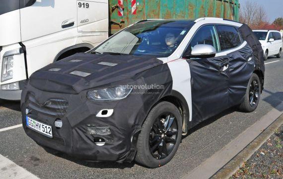 Hyundai Santa Fe facelift spy 03