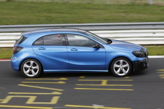 Mercedes-Benz A-Class Facelift Spy 04