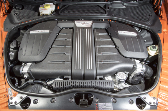 宾利12缸发动机