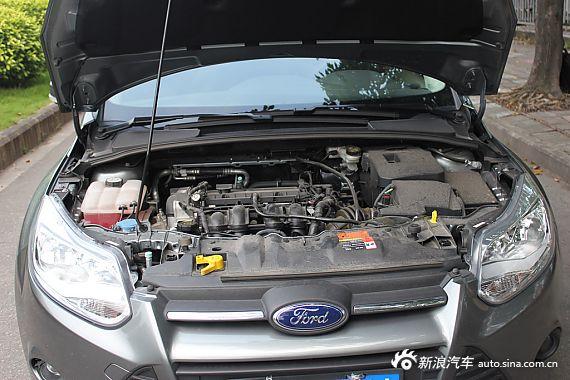 2012款福克斯三厢1.6L自动舒适型