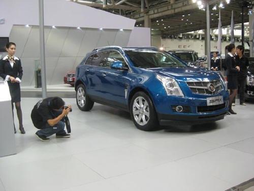 凯迪拉克新SRX将亮相成都车展10月正式上市