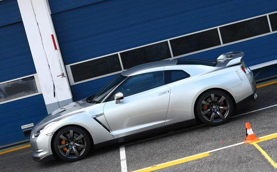 美规版顶配日产GT-R优惠10万现售135万元