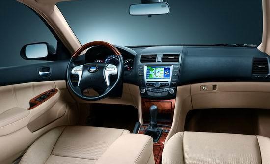 比亚迪F6接受客户预订 售价10.58-13.58万(图)