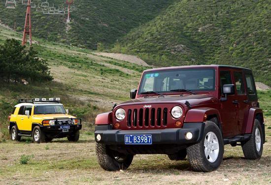Jeep牧马人和丰田FJ酷路泽