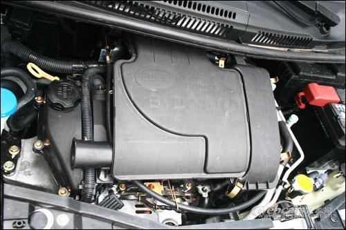比亚迪F0的引擎