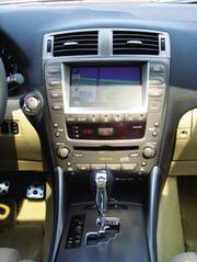 凯迪拉克CTS、宝马325i、雷克萨斯IS300