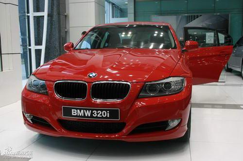 09款BMW320i豪华型