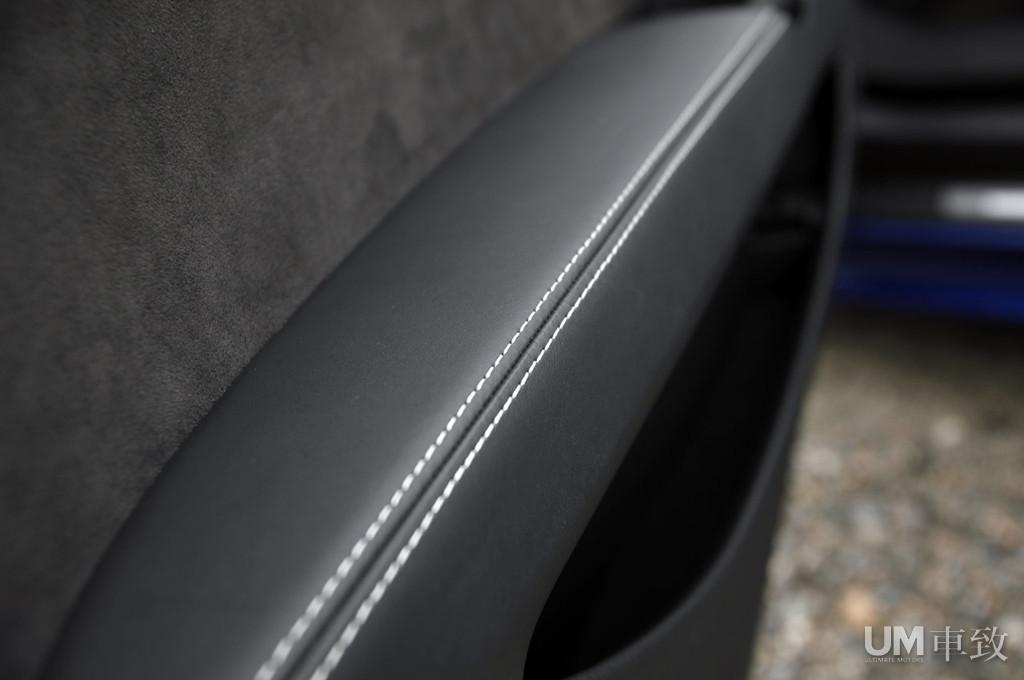 2012奥迪TT RS