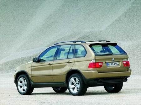 组图:法兰克福车展--2004款宝马X5小改款亮相