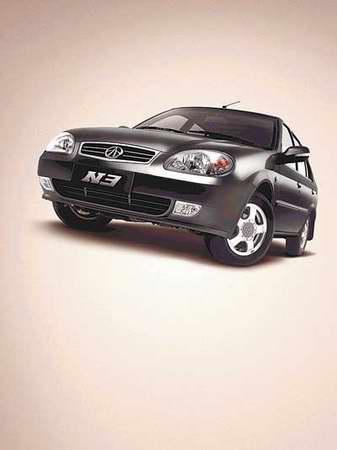 天津一汽推出了全新限量版黑色夏利N3(图)