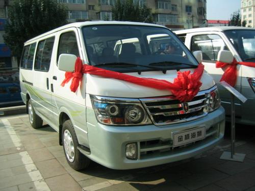 金杯海狮08款售5.98万起可选装丰田发动机