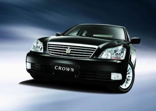 一汽丰田皇冠优惠2万元最低售价30.8万元起