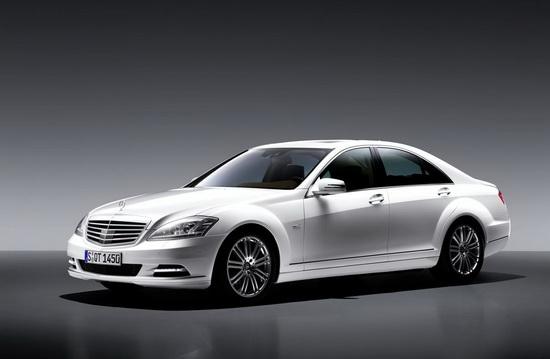 奔驰S级全系优惠回缩S300最高优惠5万元