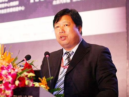 方红卫:以产业政策为导向做好结构调整自主创新