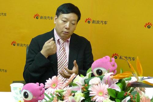 青年集团董事长庞青年