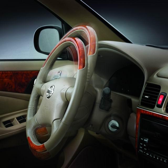 2004款阳光多向方向盘