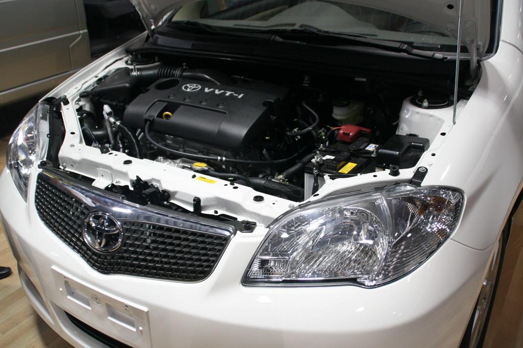 """车身造型源自于丰田的新世纪设计主题""""VIBRANT CLARITY""""(活高清图片"""