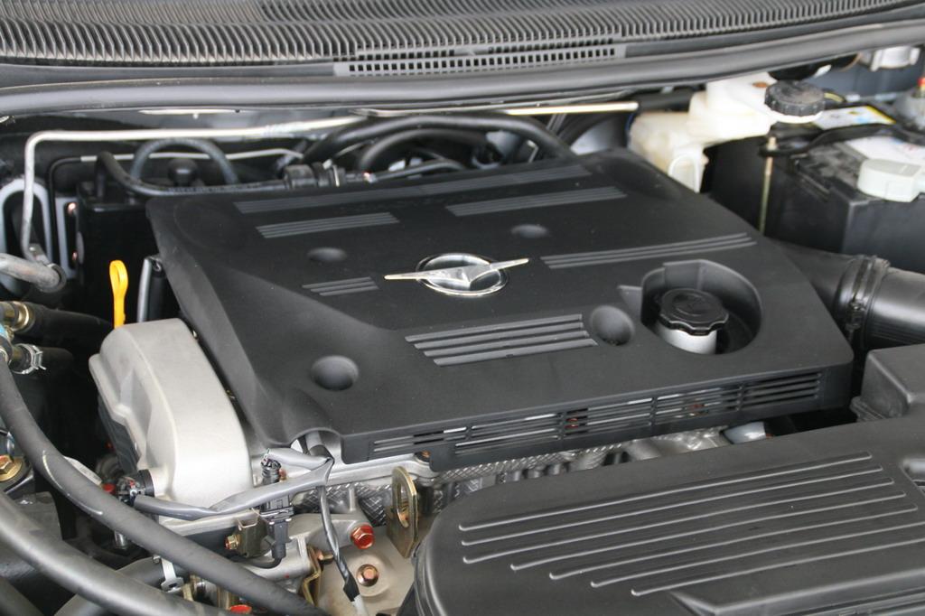 海马汽车新普力马发动机高清图片