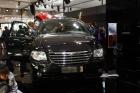 2010年北京国际车展将于4月23日至5月2日在位于北京顺义天竺工业园区的中国国际展览中心隆重举行(零部件展位于中国国际展览中心旧馆)。作为国内著名的车坛盛会之一,本次展会将有89款全球车首发,并且将有95台新能源车现场展示,成为车展新的亮点,总参展车数多达990台。 图中所示为:克莱斯勒大捷龙